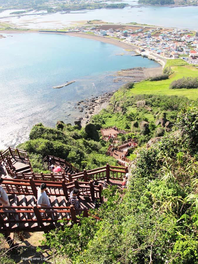 decending trail